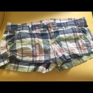Hollister plaid shorts Perfect for a  Festival!